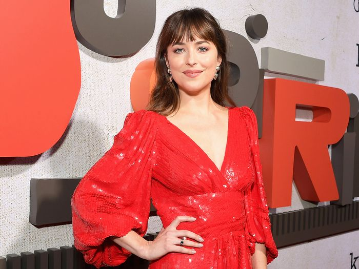 Dakota Johnson Just Wore Instagram's Biggest Earring Trend on the Red Carpet