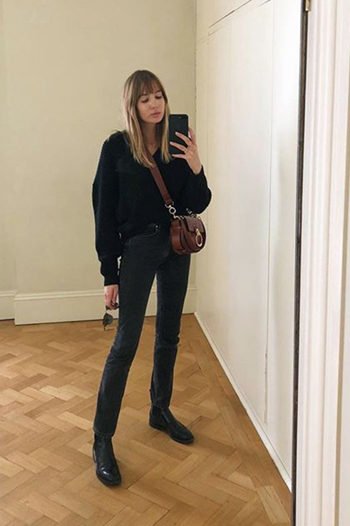 How to wear flat boots: match ankle boots with bottoms