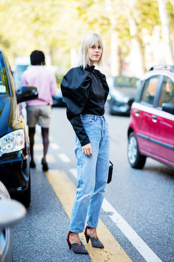 How to wear straight leg jeans: with standout blouse