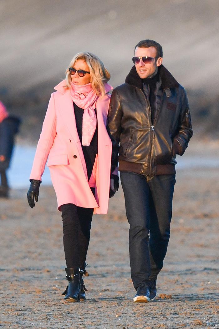 Brigitte Macron in skinny jeans