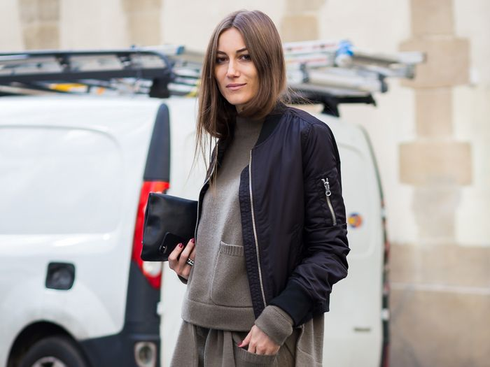 Easy Black Bomber Jacket Outfits to Wear This Winter