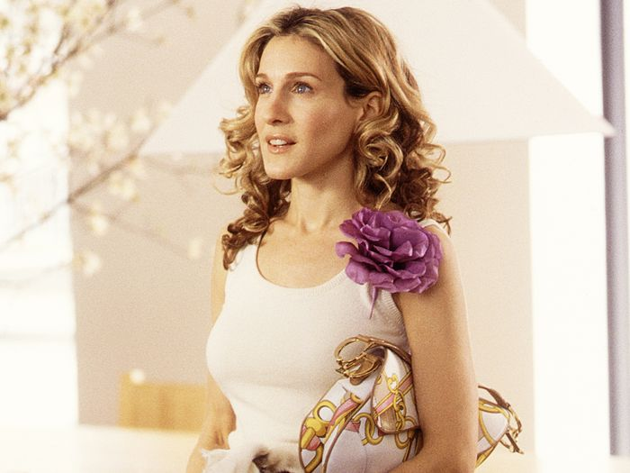 7 Things We Know Carrie Bradshaw Would Wear in 2019
