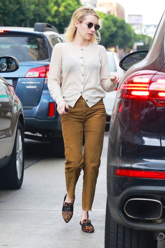 Emma Roberts outfit