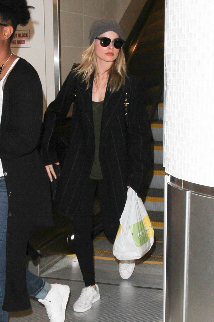 Celebrity winter travel outfits