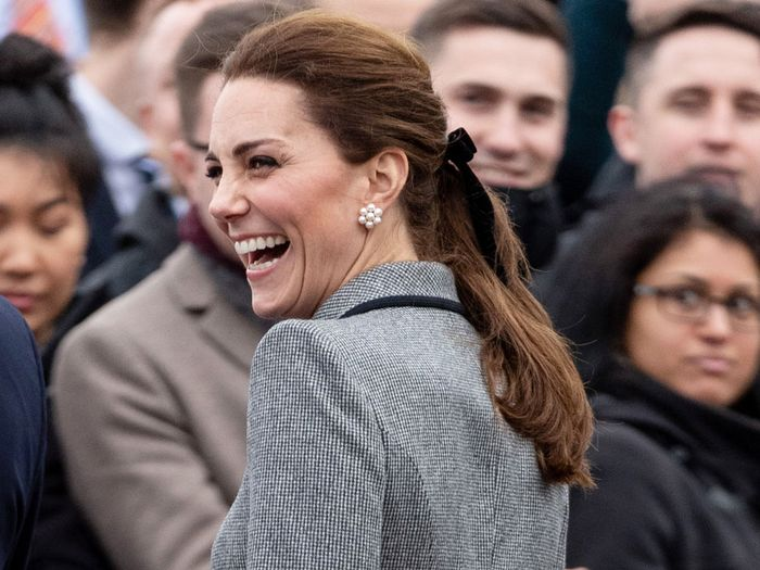 Shop Kate Middleton S Affordable J Crew Hair Bow Who What Wear