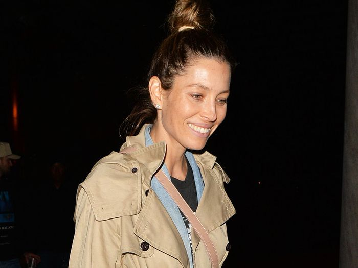 Jessica Biel Wore Controversial Ankle Boots With Black Skinny Jeans