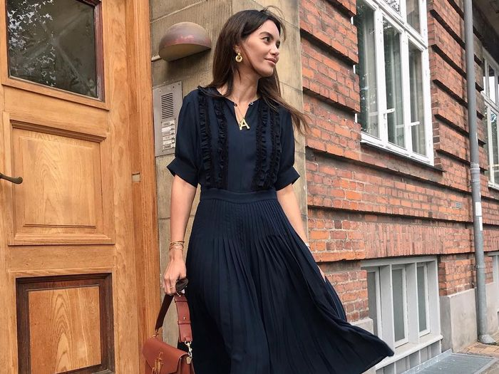 What to Wear to a Wedding Reception