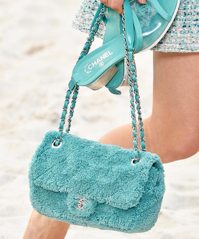 Handbag Trends 2019: Chanel's bright faux fur bags