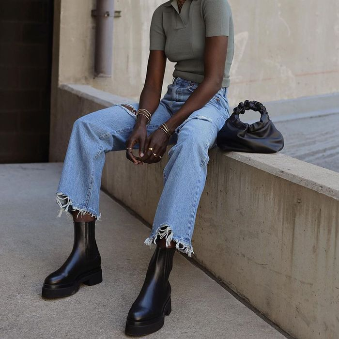 10 Chelsea Boot Outfits You Ll Want To Re Create This Season Who What Wear
