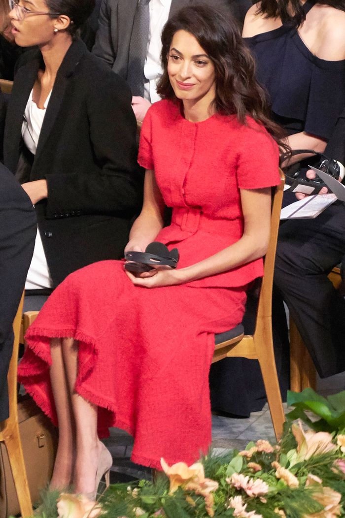 Amal Clooney nobel peace prize awards in skirt suit