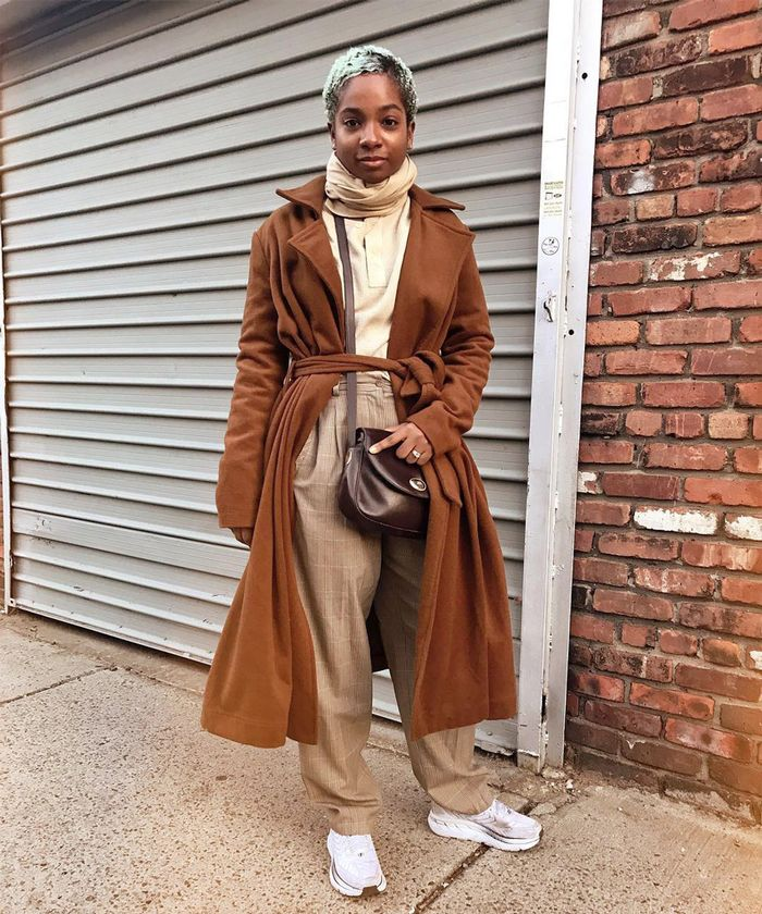 6 Winter Outfits With Sneakers That