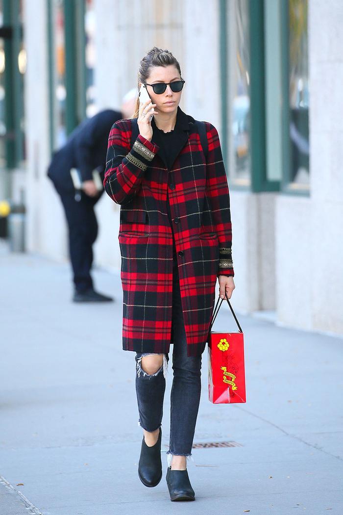 Jessica Biel Skinny Jeans Outfit