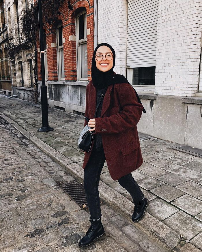 16 Dr. Martens Outfits to Wear for Winter