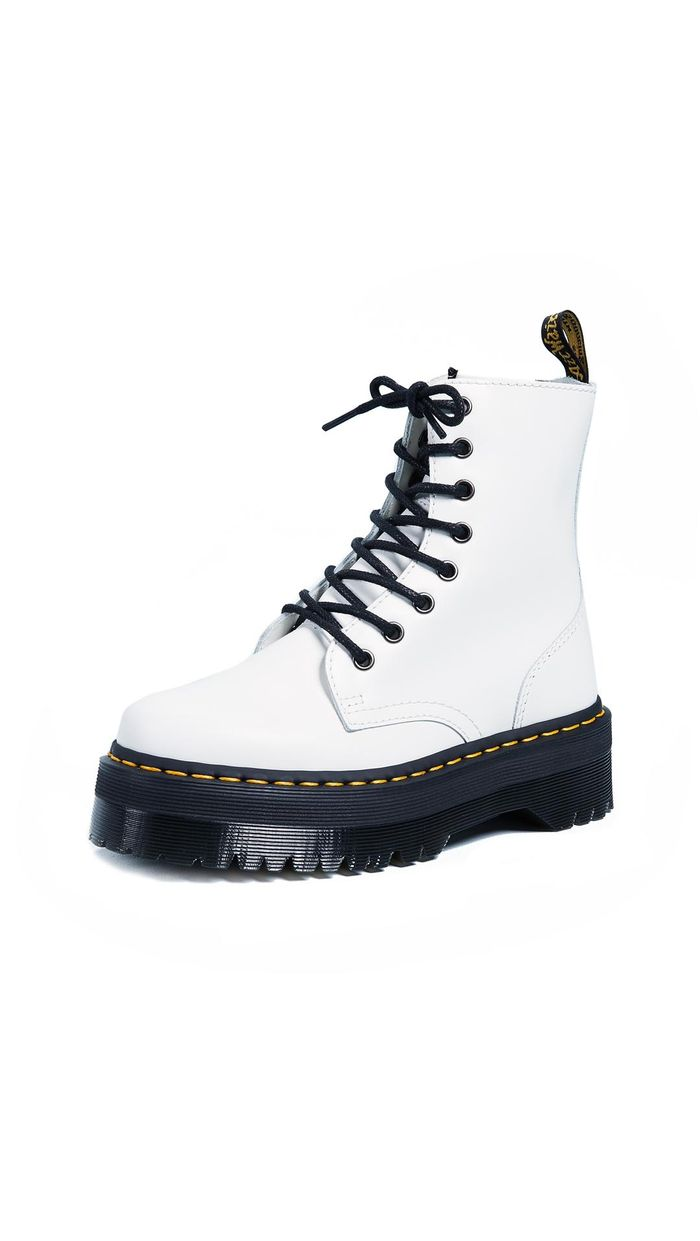 Dr. Martens Outfits to Wear for Winter