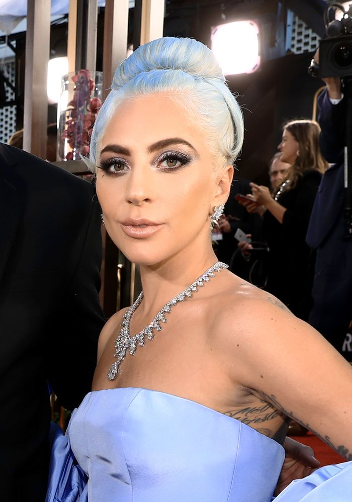 lady-gaga-golden-globe-awards-2019-27572
