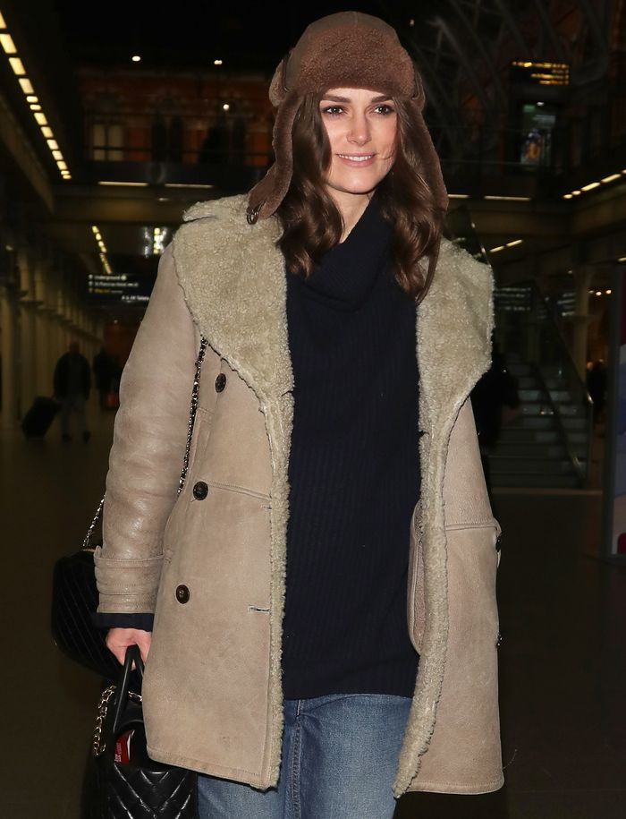 Keira knightley burberry coat: