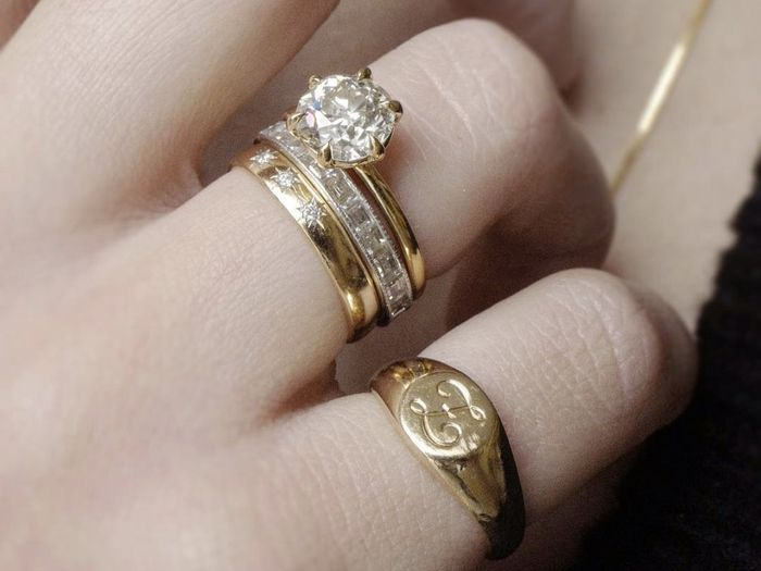 Here S How An Expert Is Stacking Wedding Rings Who What Wear
