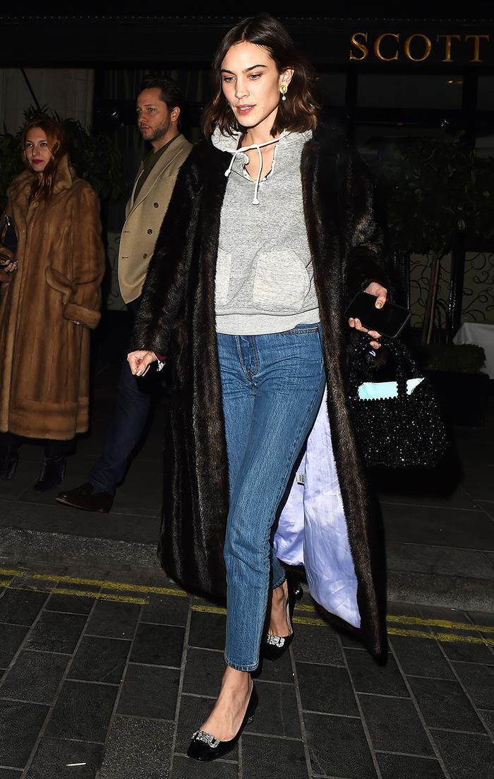 Alexa Chung skinny jeans