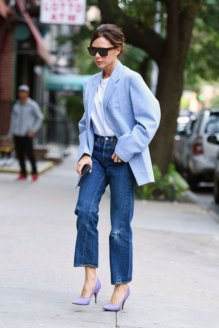 Victoria Beckham Jean Outfits: White Tee and Blazer