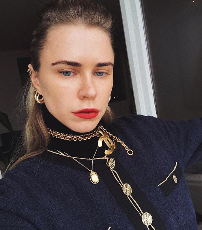 Best cheap hoop earrings: Always judging with gold hoop earrings