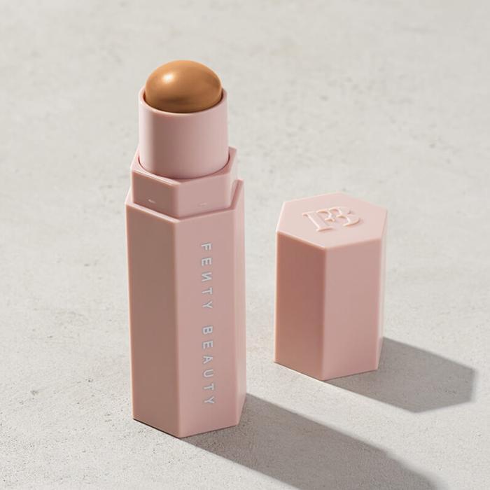 27 Beauty Products Stylist Shiona Turini AlwayTravels With