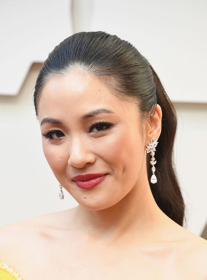 Constance Wu best 2019 oscars beauty looks