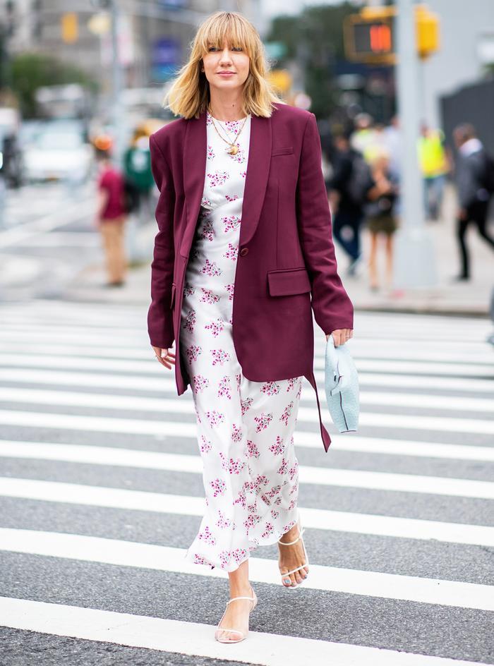 spring wardrobe easy udpates: Lisa Aiken in strappy sandals