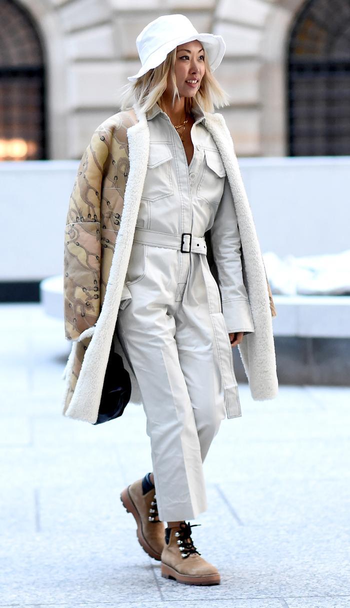 Utility Jumpsuit Trend Street Style - Vanessa Hong