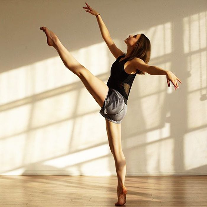 7 Toning Ballet Moves You Can (and Should) Try at Home