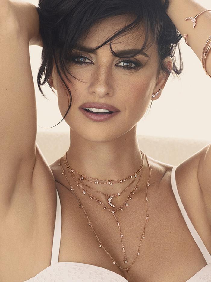 The Best Spring Jewelry Trend, According to Penélope Cruz | Who ...