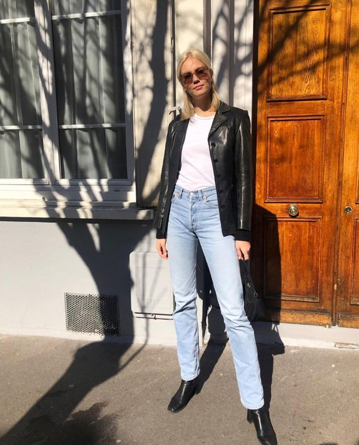 Leather shirt and jeans: Michela Thomsen