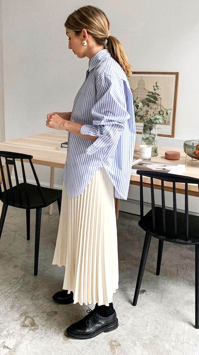 Stylish Outfits 2019: Brittany Bathgate in a Structured Stripe Shirt with Pleated Skirt