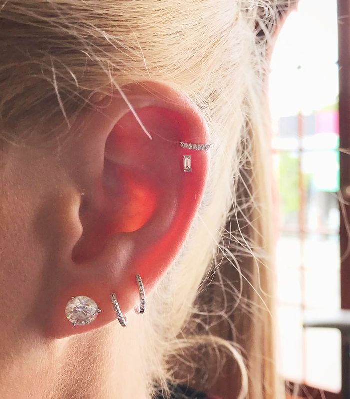 4 Ear Piercing Tips From L A S Most Popular Piercer Who What Wear