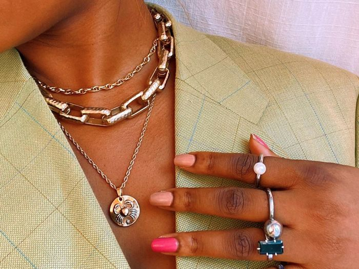 The 7 Necklace Trends Every Jewelry Lover Should Have in Their Collection