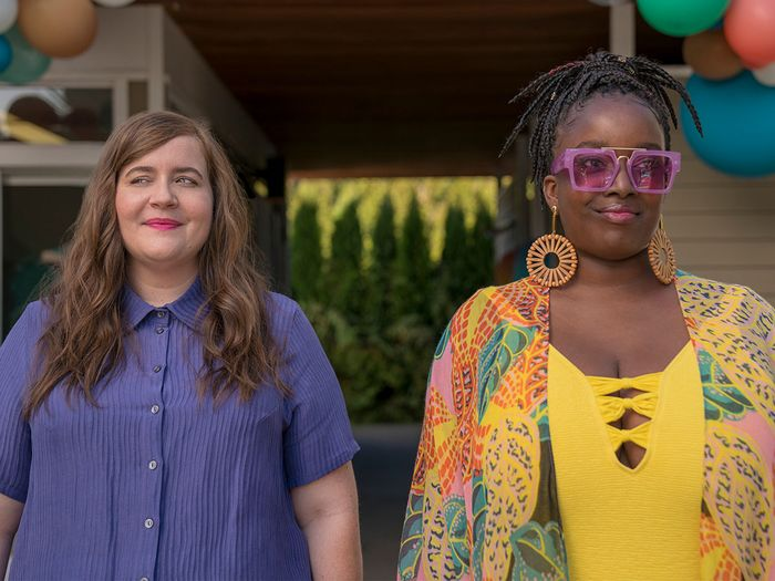 Shrill's Costume Designer Gets Real About Plus-Size Fashion on TV