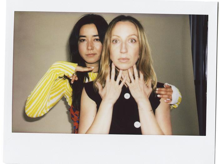 The PEN15 Stars Talk Early 2000s Fashion Nostalgia (and Season 2 Sneak Peeks)