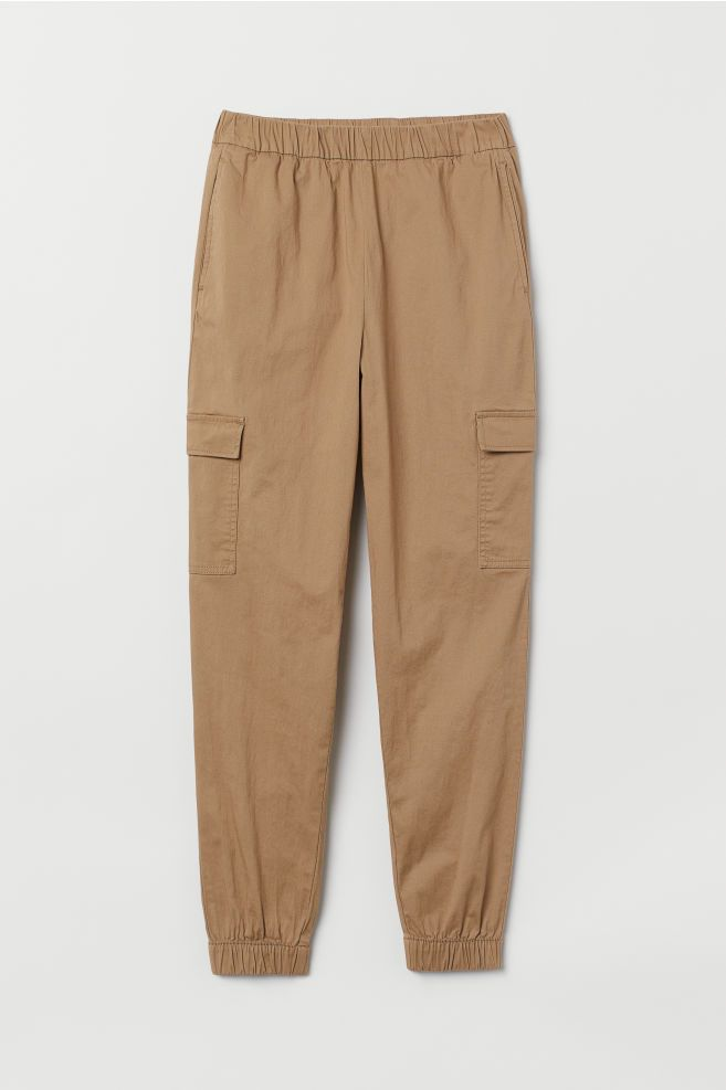 6 Cargo Pant Outfits That Are So Chic Who What Wear