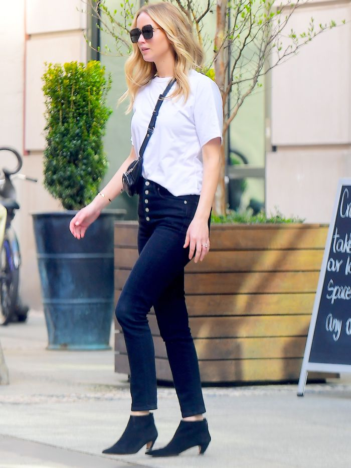 Jennifer Lawrence Wears Skinny Jeans With On-Trend Ankle Boots