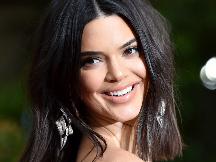 Kendall Jenner's Dentist Sets the Record Straight on Natural Toothpaste