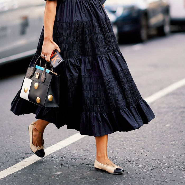 How to Wear Chanel Ballet Flats | Who