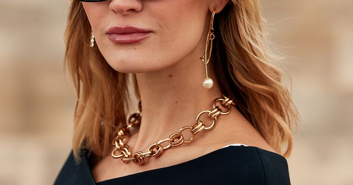 8 Outdated Jewelry Trends—and What to Buy Instead | Who What Wear