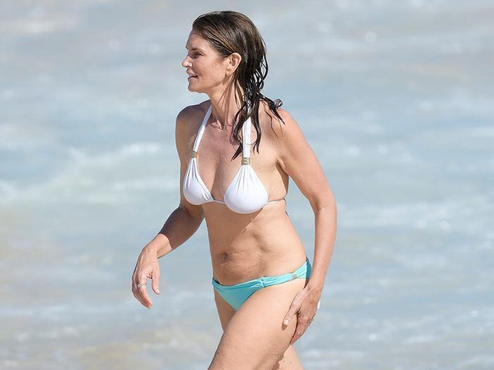 Low-Rise Bikini Trend Cindy Crawford
