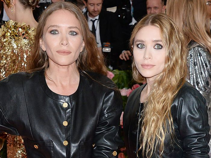18 Celebs Who Have Broken Anna Wintour's Met Gala Rules