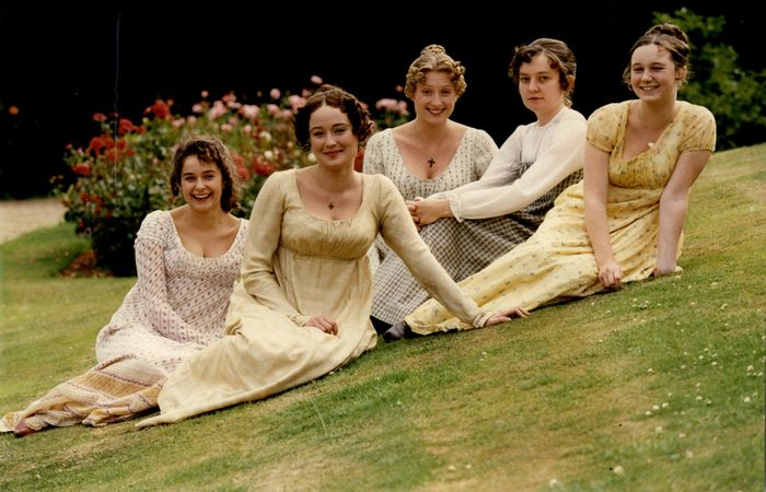 Jane Austen Fashion: The Bennet Sisters in Pride and Prejudice
