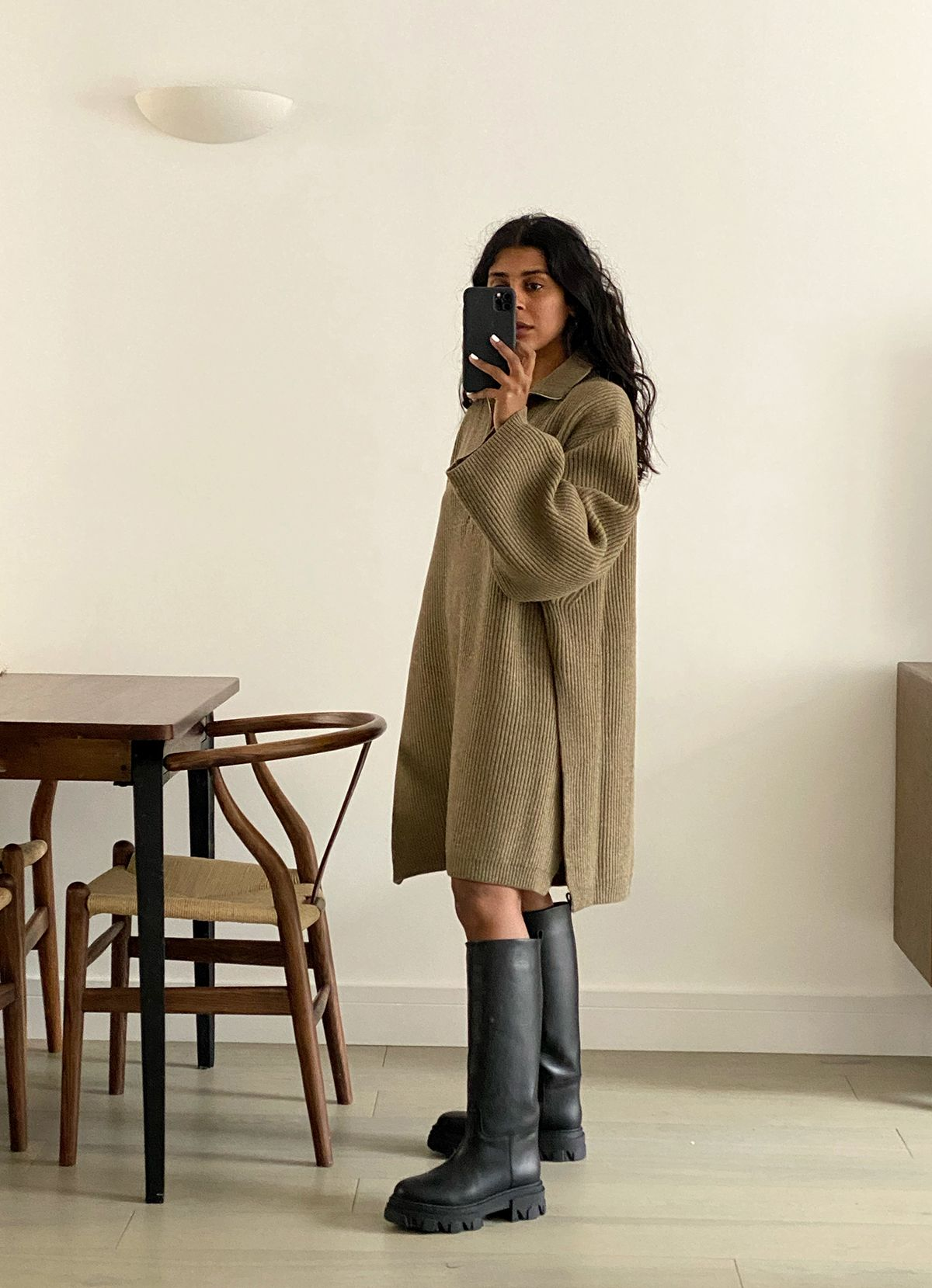 Trust Monikh: I've Put Together the Perfect Autumn Capsule With 10 Pieces