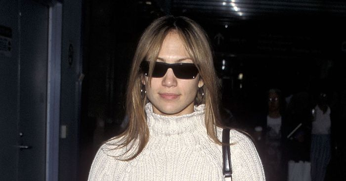 See How J Lo Wore 3 Major 2019 Trends To The Airport In 1999 Who What Wear
