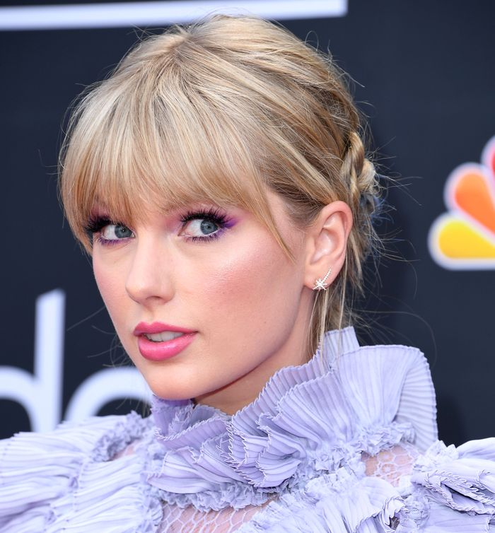 Taylor Swift at the Billboard Music Awards 2019