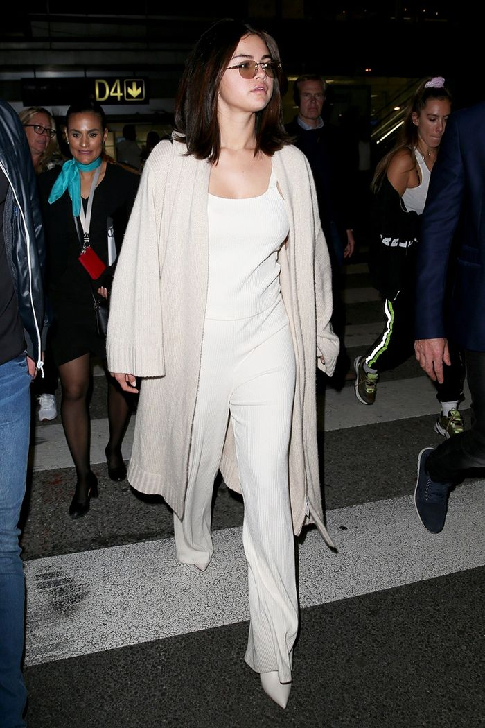 Selena Gomez Cannes airport outfit