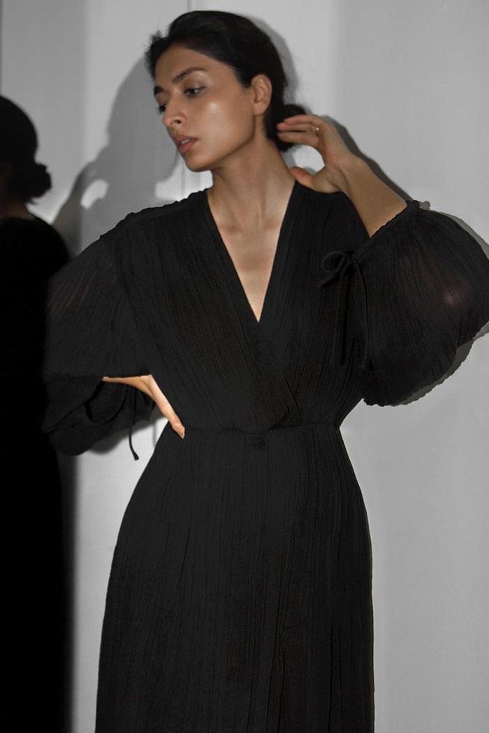 Minimalist summer dresses: YATRI