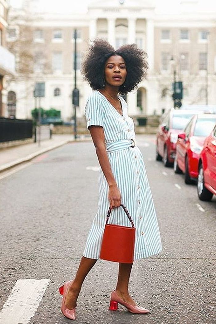 linen fashion trend: Freddie Harrel wearing a linen dress
